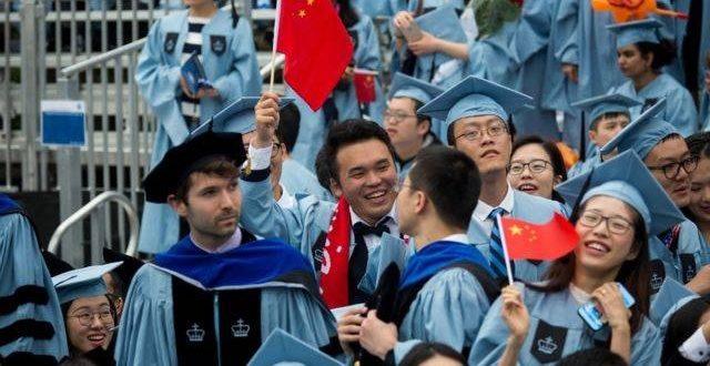 拜登上台后留学政策或有变 赴美留学生能否受益?