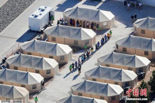 推翻特朗普政策 拜登政府将允许部分移民家庭团聚