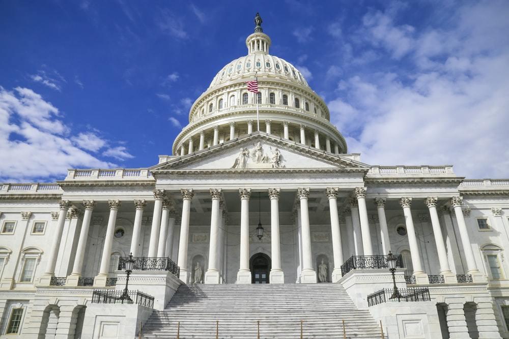 白宫计划对车辆行驶里程征税,以支付高达3万亿的基础设施改造费