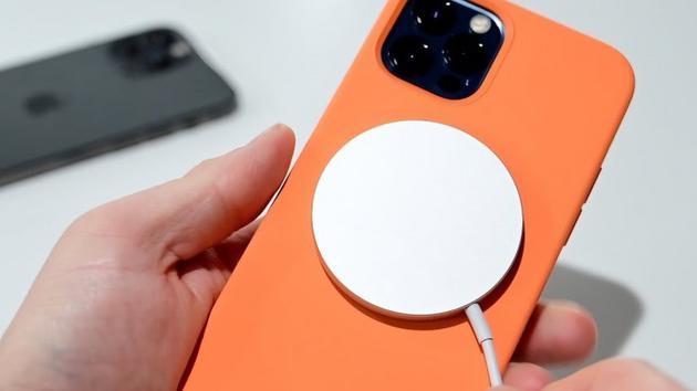 美国心脏协会表示苹果MagSafe设备过近接触会干扰心脏起搏器