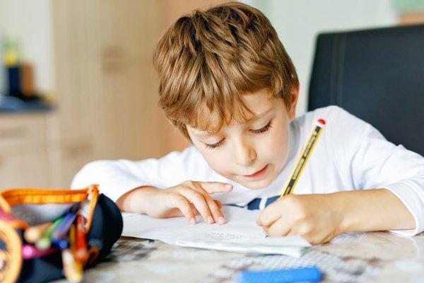 调查显示,仅19%在家上学的美国家庭计划重返校园