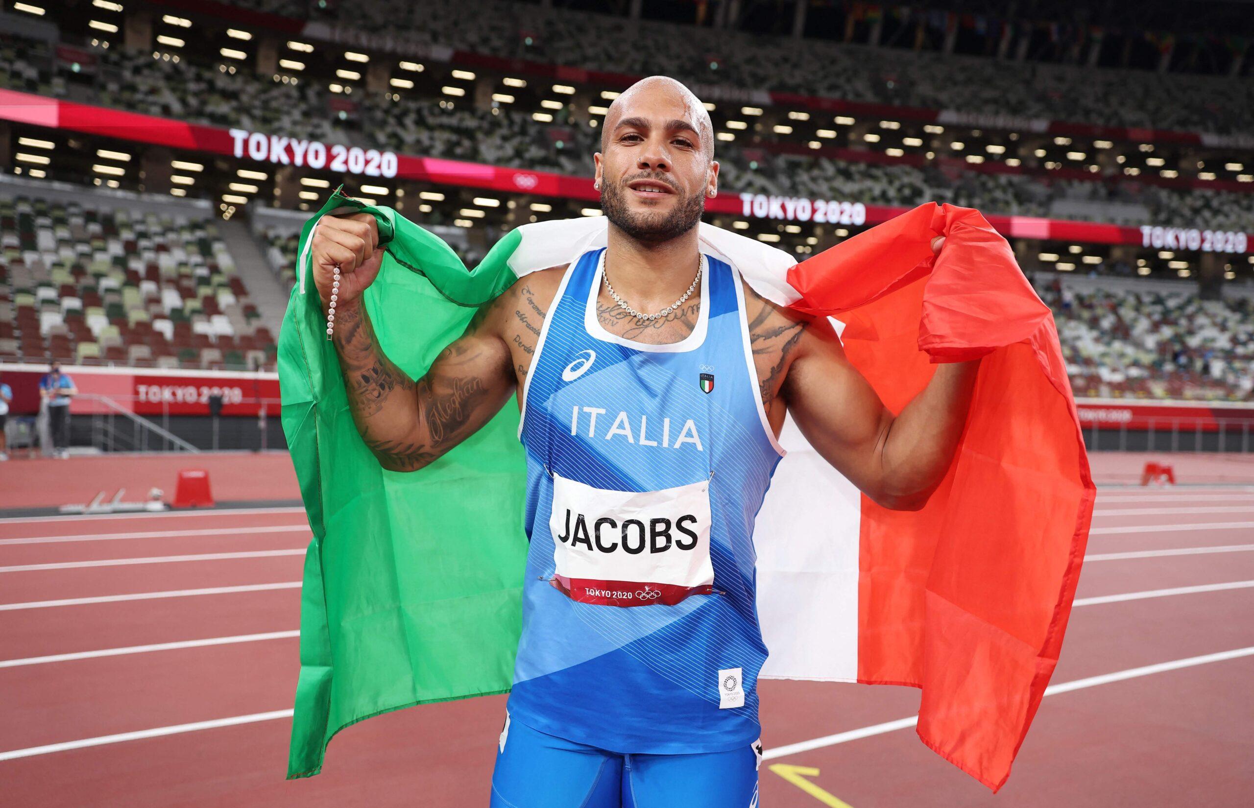 奥运百米冠军雅各布斯是谁?三年前,他还是一个练跳远的