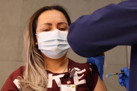 佛州一教会10天内6名成员死于新冠 4人未接种疫苗